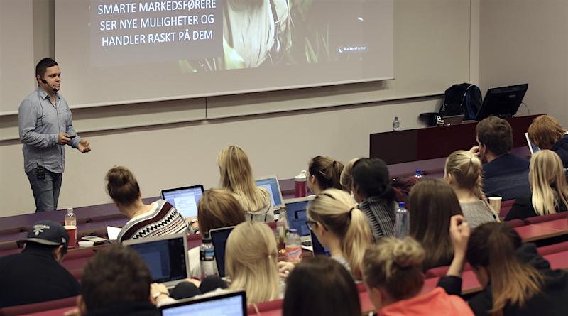 Erlend Førsund er gjesteforedragsholder på Markedshøyskolen i Oslo 2014
