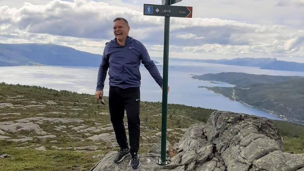 Foto: Hadde du stått her for litt over 800 år siden, hadde du sett kong Magnus Erlingsson seile inn Sognefjorden med skipene sine for å møte kong Sverre i slaget ved Fimreite.